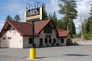 Photo of Mia's restaurant, Cold Springs, CA